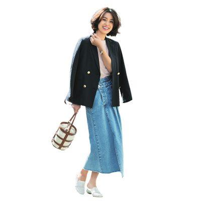 【明日のコーデ】紺ジャケ×デニムタイトスカート×白ローファー