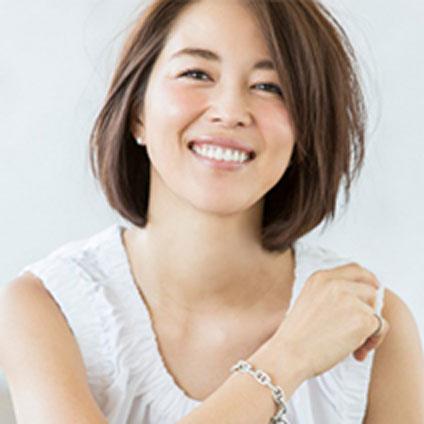 鈴木六夏さん (モデル)