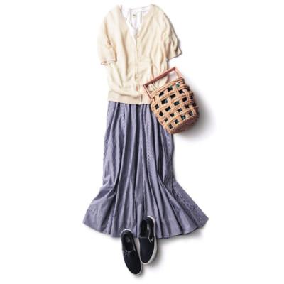 【明日のコーデ】半袖カーデ×ボリュームスカート×紺レザースリッポン
