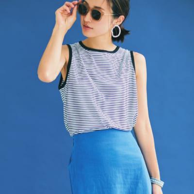 【明日のコーデ】ボーダータンク×鮮やかブルーのスカート