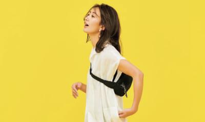 スキニー×ヒールの女っぽさをスポーティバッグでハズしてヘルシーに【明日のコーデ】