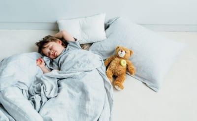 """子どもをスムーズに眠りに誘う!ママたちの""""ぐずり対策名品""""②"""