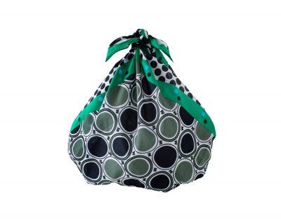 マルニ マーケットよりフロシキスカーフの新色がデビュー!手土産を包んだり、テーブルクロス、ヘアアレンジにも使える