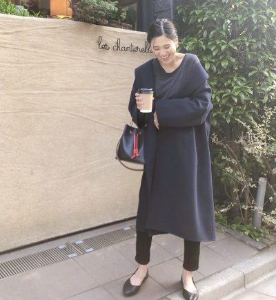 【妊娠8カ月】黒&紺の濃い色「パンツコーデ」すっきり見せ