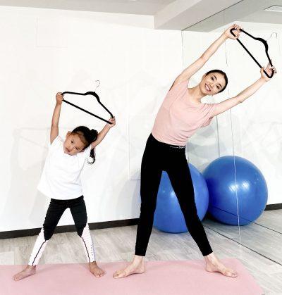 """""""伸び""""で美姿勢、肩こり解消!バレエ発「バーオソル」で子どもとトレーニング"""