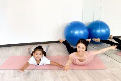 伸ばすだけで体幹強化!子どもとできる「バーオソル」トレーニング