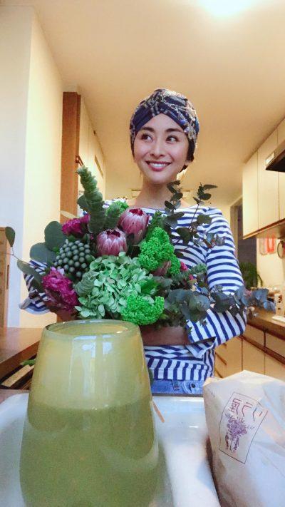 インテリアが素敵な人はフラワーベースにもこだわってる~お花をオシャレに飾りたい②