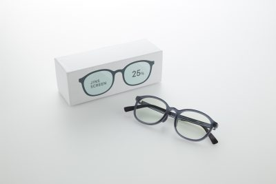 進化した「JINS」のPC眼鏡はリモートでもスマホでも!