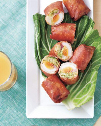 キャベツと生ハムとゆで卵の春巻きレシピ 家族が喜ぶごちそう春巻き2