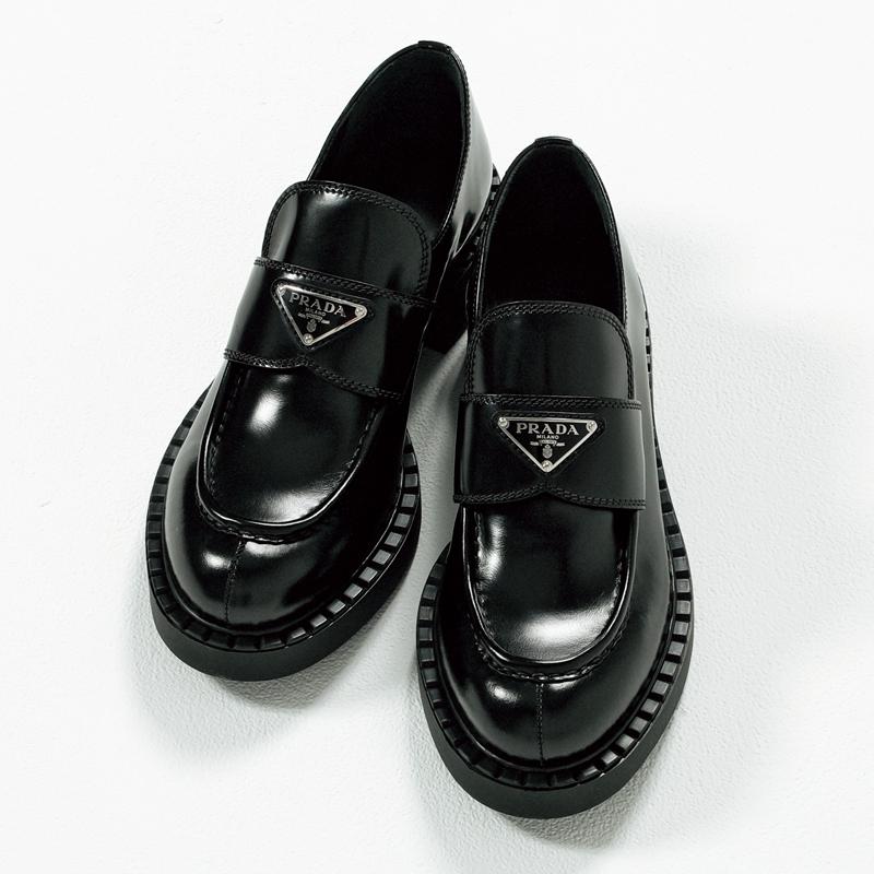 プラダのローファー,憧れブランドの今どき靴