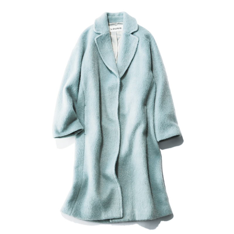 ブルーのカラーコート