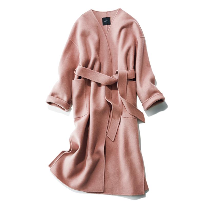 ピンクのカラーコート