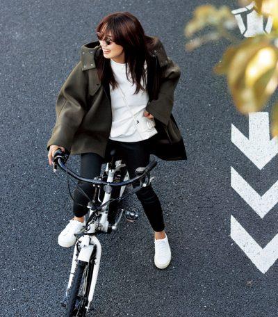 """自転車ママは""""スリットコート"""" 足捌きのいいデザイン4選【2020秋冬】"""