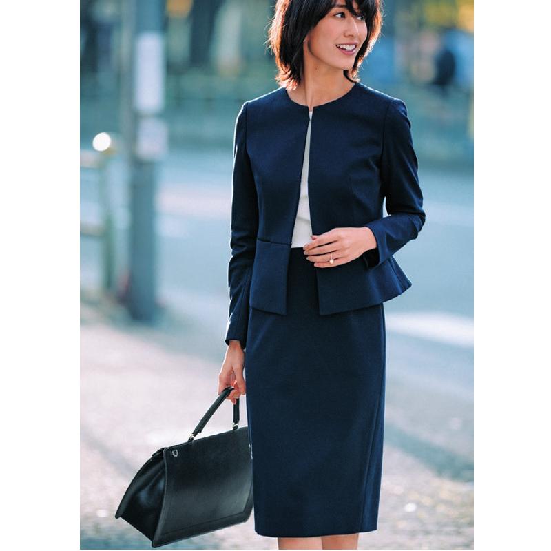 入学式・入園式スーツ。スカートスーツ。神山まりあ。