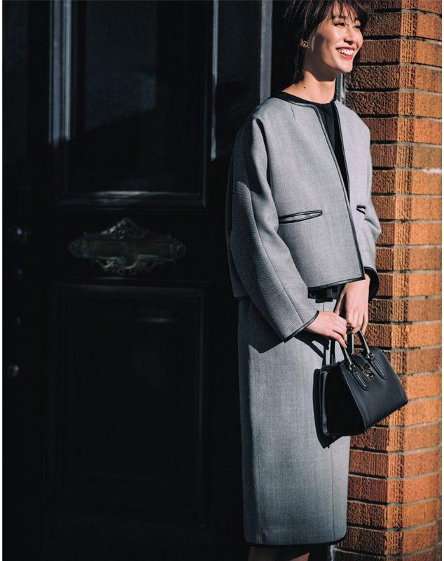入園式・入学式のママコーデ。ジャケット×スカートのセットアップ/スーツ。モデルは神山まりあ。
