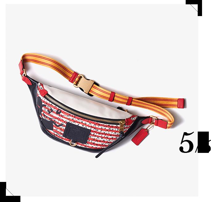 ボディバッグ「Coach's Mickey and Keith Haring Collection Rivington ベルト バッグ」