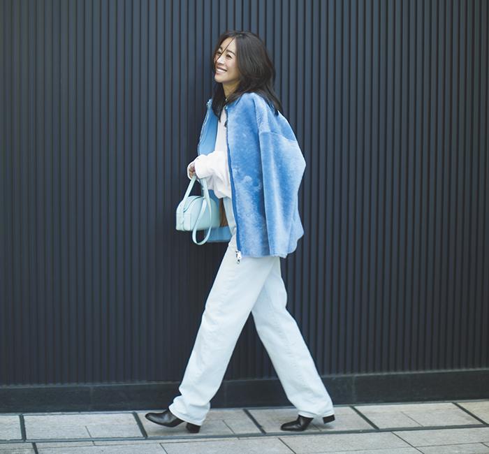 30代の冬映え色コーデ