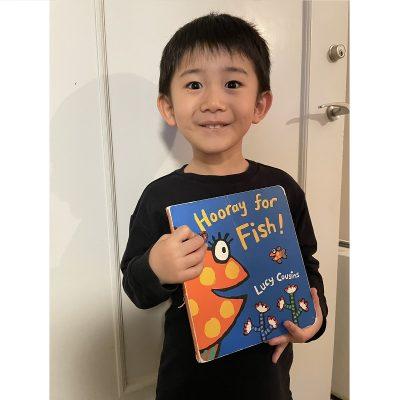 VERYモデルの毎夜の「読み聞かせ絵本」と子どもとの「思い出絵本」