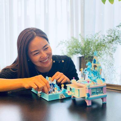 鈴木六夏ブログ「休日のお家時間にレゴを!」