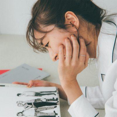 スタイリスト金子綾さん「カジュアル服とダイヤ」の大人バランス