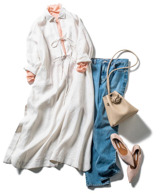 白のシャツワンピ×デニムコーデ