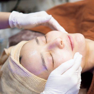 原田夏希さんの美容医療体験!30代の肌メンテ最新事情
