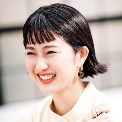 """【30代のショートヘア】簡単""""外ハネ""""スタイルできちんとヘア"""