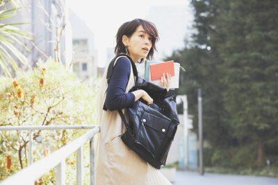 【通勤バッグ】復職ママにおすすめ「黒のナイロンリュック」4選