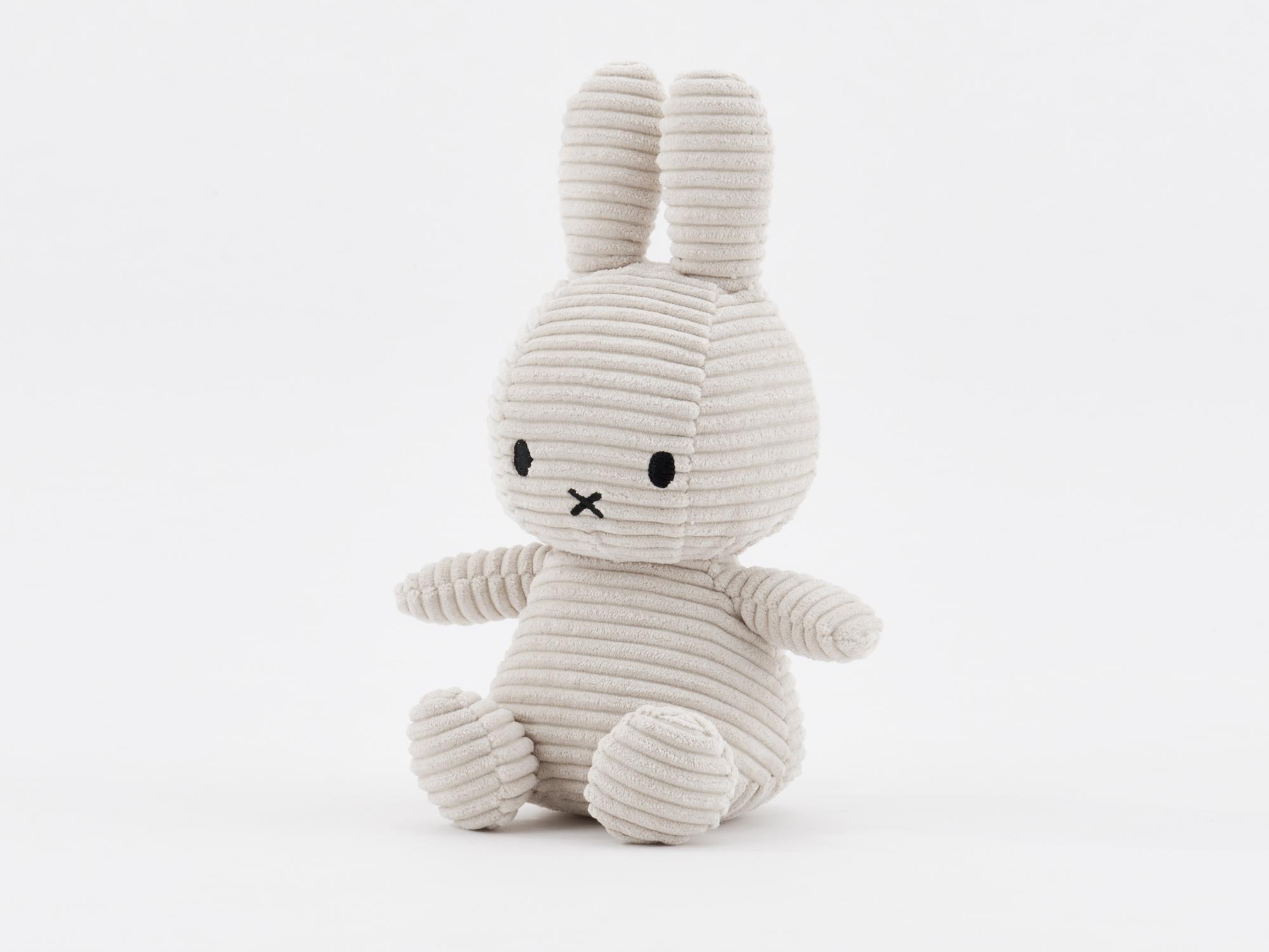 BON TON TOYS / Miffy Corduroy・23cm/2,640 円 (税込)