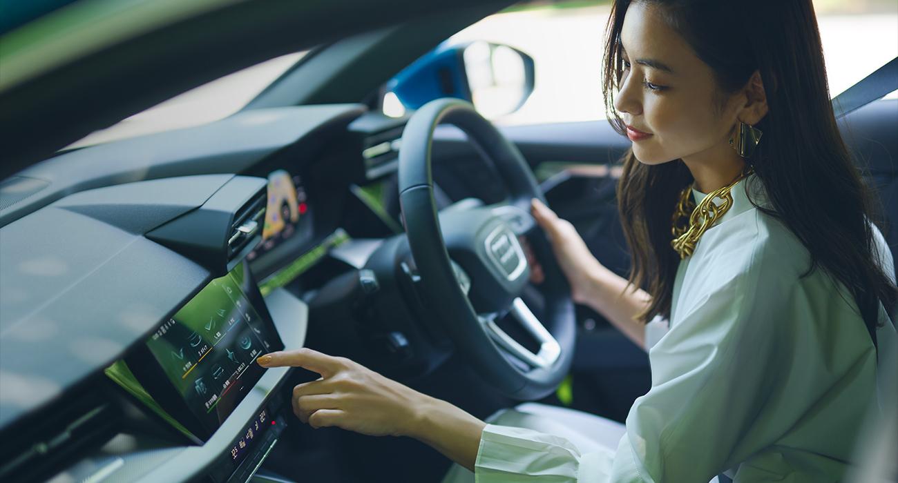 03_Interior 車の中は自宅のリビングのように・・・ハイエンドなインテリアで 気分を上げたい