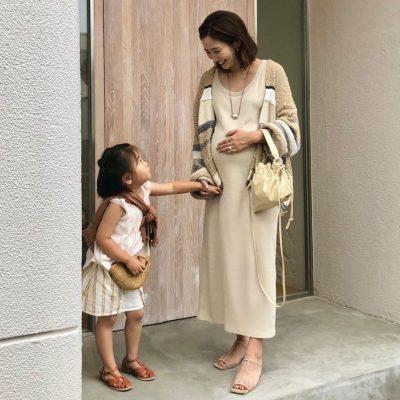 【妊娠9カ月】のおしゃれに!「ベージュワントーン」コーデ