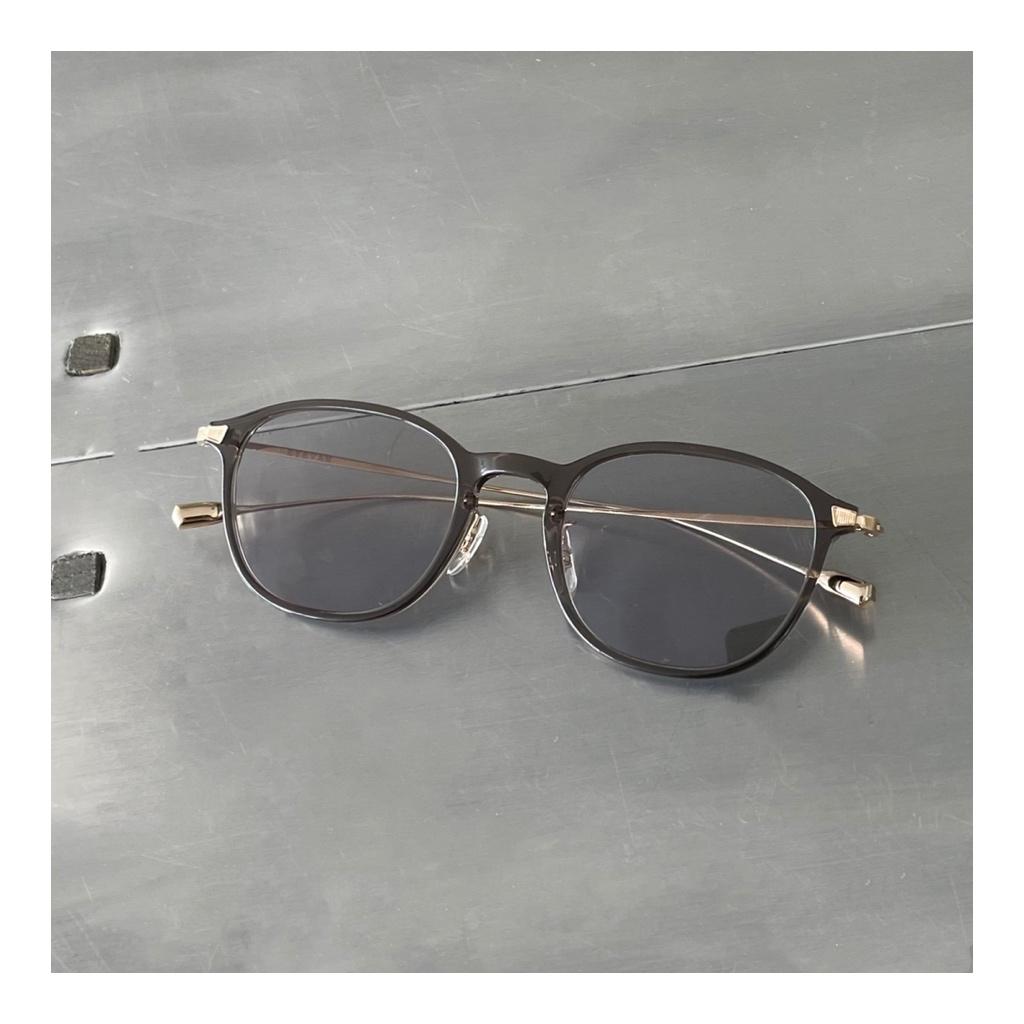 タキマキのサングラス