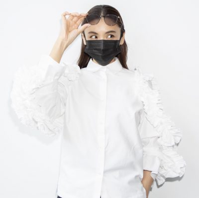 滝沢眞規子さんの『サングラス×マスク』3選!怪しく見えないコツ教えます