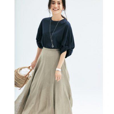 こなれ感UP!「Tシャツ×スカート」ボリューム袖がカジュアルすぎない秘訣