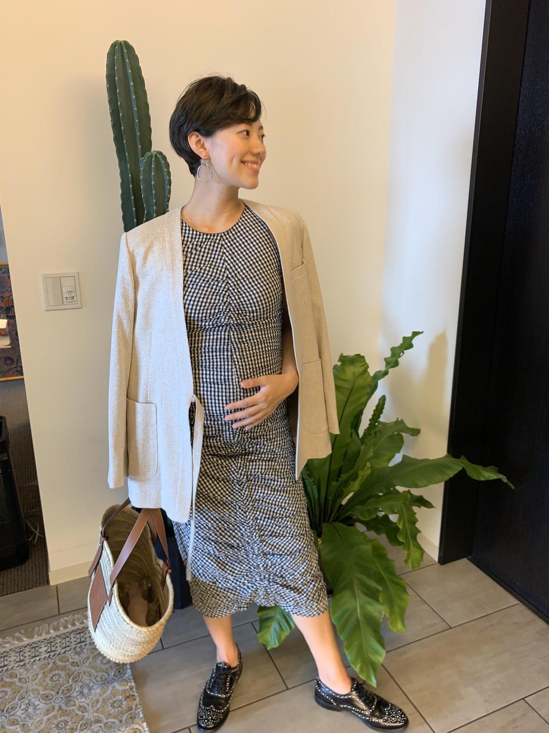妊娠5カ月におすすめのZARA(ザラ)のワンピースを使った春夏マタニティコーデ