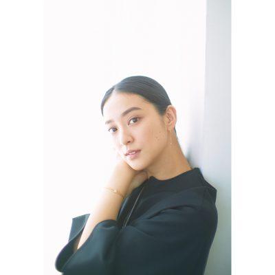 【ALL私服】武井咲さん「大好きなモノトーンコーデへのこだわりとは?」