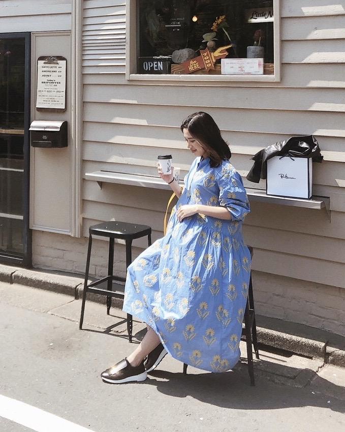 妊娠9カ月、ZARA(ザラ)のワンピースでマタニティ代用した夏の妊婦コーデ。