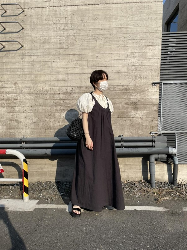 ジルサンダーのボリューム袖×黒ワンピ