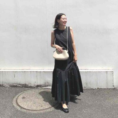 【妊娠5カ月】「黒ワンピ」×シルバーワンピでカッコいいマタニティスタイル