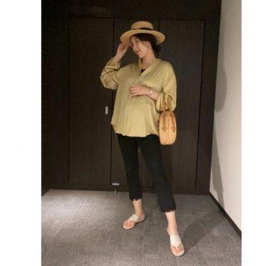 【妊娠8カ月】マタニティ服を使わない!綺麗めブラウスでお腹をカバー