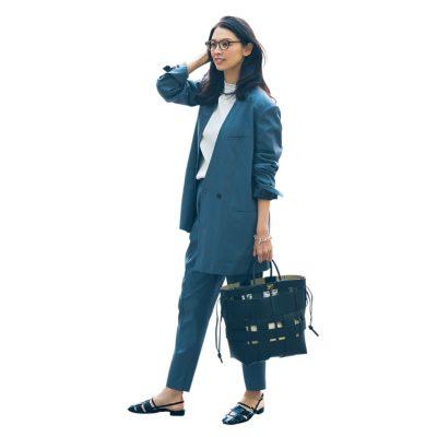 通勤ママの「ジャケットコーデ」ぺたんこ靴でも洒落る理由!