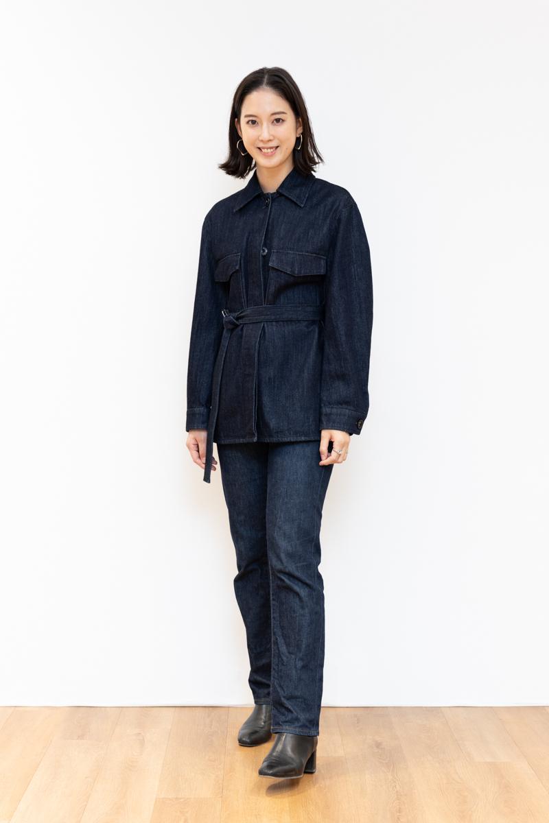 Uniqlo U(ユニクロユー)のデニムシャツジャケット、170㎝台のサイズ感。Mサイズ