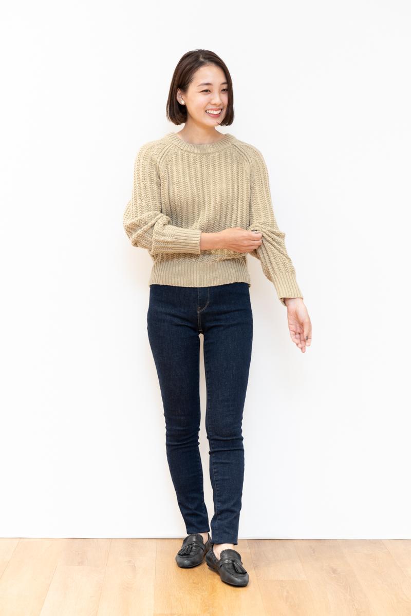 ユニクロユー(Uniqlo U)のローゲージ クルーネックセーター、160㎝台サイズ感