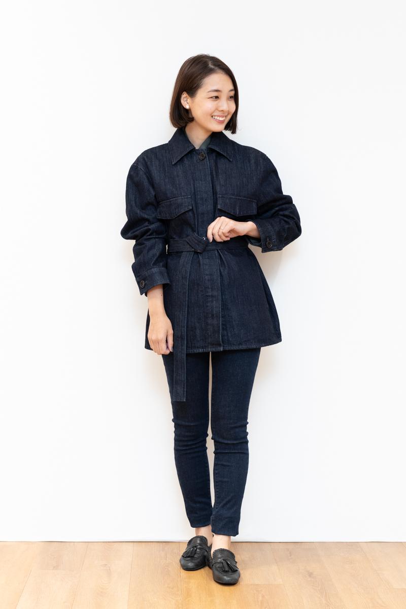 Uniqlo U(ユニクロユー)のデニムシャツジャケット、160㎝台のサイズ感。Mサイズ