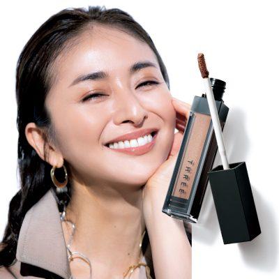 大草直子さん愛用アイグロスは「目元にも頬にもヘルシーさを足せる逸品」