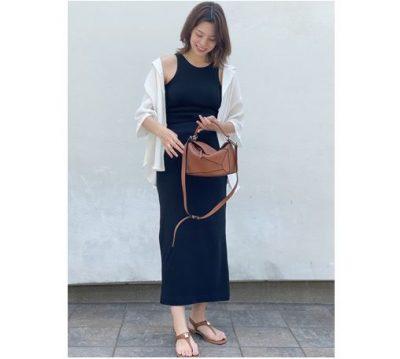 【妊娠6ヶ月】ロエベが主役!シャツ×スカートの大人シンプルコーデ