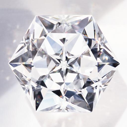 〝TAILLA IMPÉRATRICE(アンペラトリスカット)〟ダイヤモンド