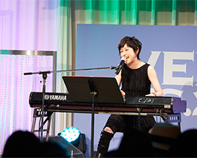 岸谷 香 Special LIVE